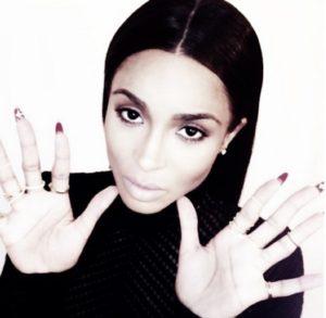 Flip Manucure de star Top modele Ciara