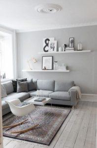 Pour le canapé d'angle , le rocking chair (!) et tu imagines avec le fauteuil club.... et hop le salon !: